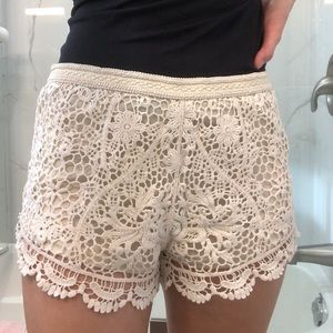🌼2/$45🌼Forever 21 | Lace Shorts🤍
